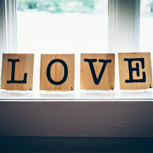 Love Sign | ONEPAGEWEBSITE.PRO